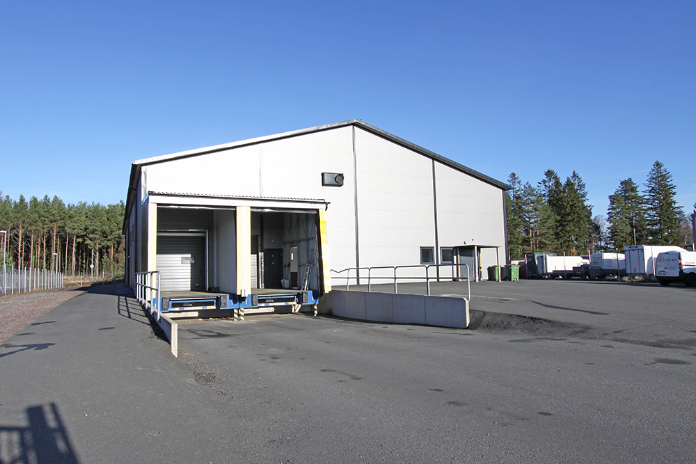 Framsidan av lagerlokalen